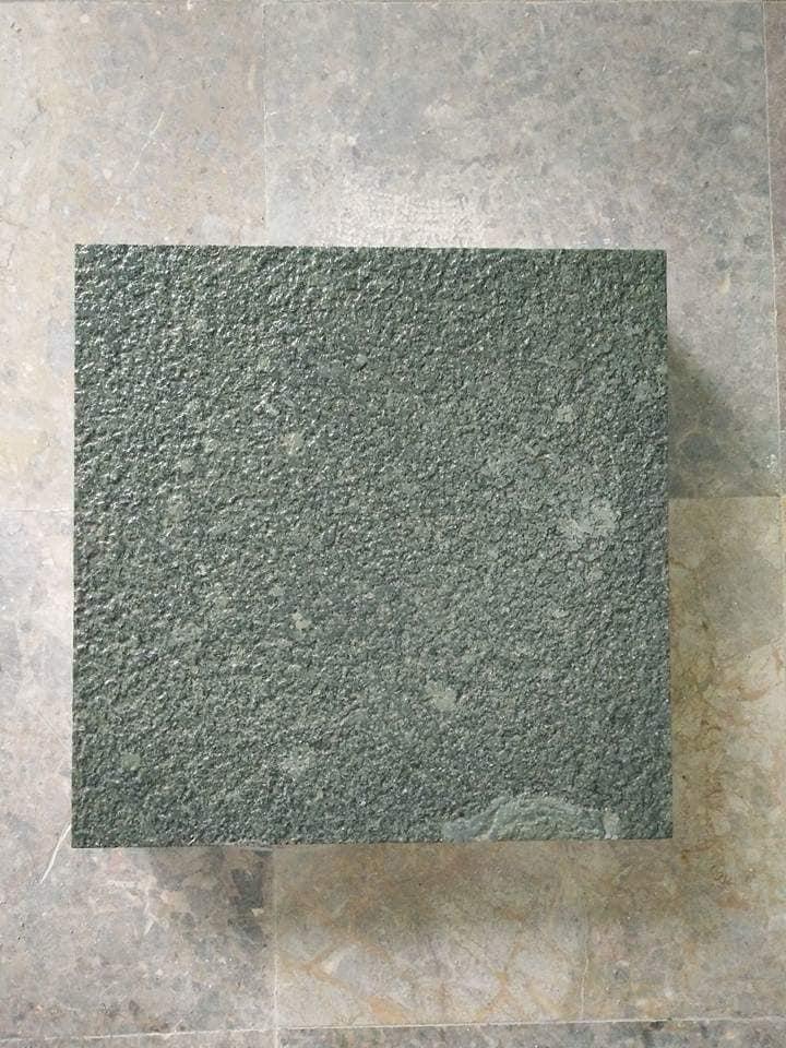 Đá xanh rêu băm mặt 30x30