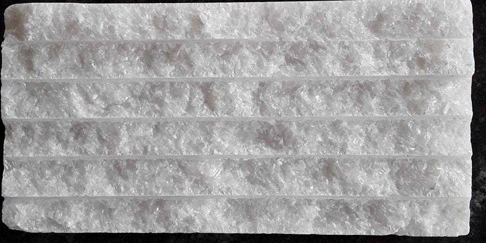 Đá chẻ trắng muối