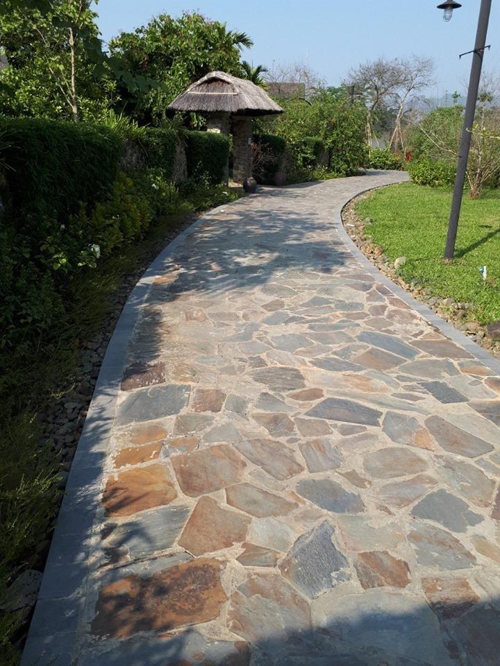 đá rối lát đường